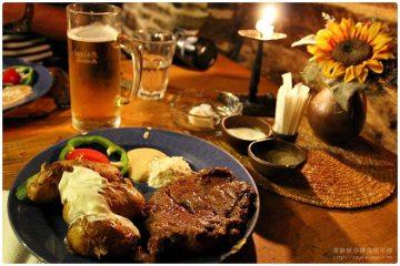 2012捷克蜜月。【庫倫諾夫】KRČMA V ŠATLAVSKÉ地窖餐廳,好吃的帶皮馬鈴薯《Český Krumlov》