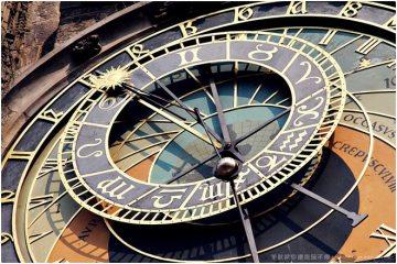 2012捷克蜜月。【布拉格】Orloj天文鐘,與整點報時的小號手一起俯瞰舊城,但他破音不是我害的!《Praha》